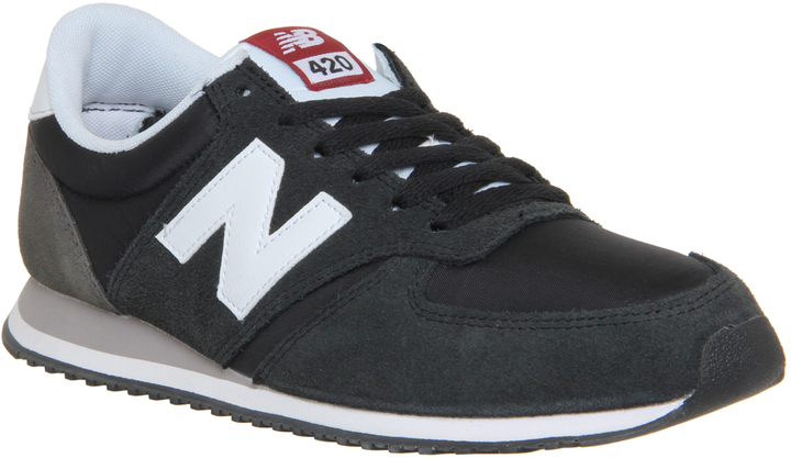 New Balance 420 Trainers black