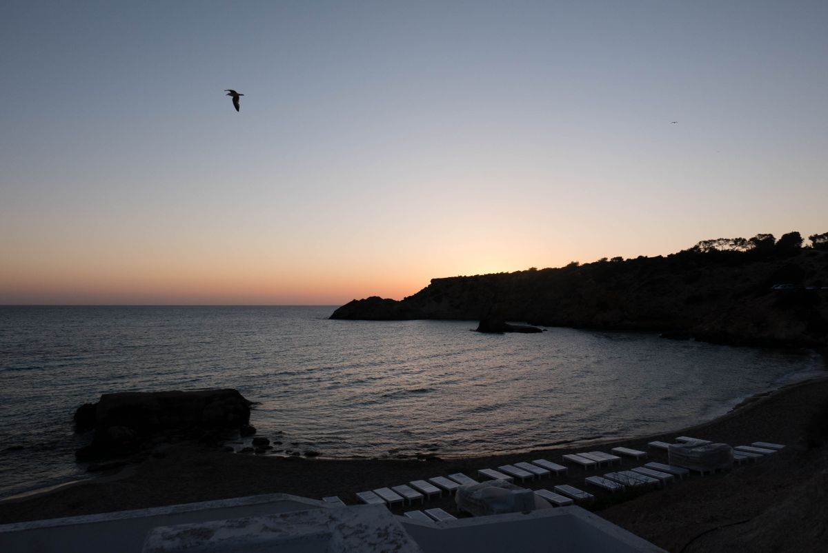 Nadia El Ferdaoussi thedailyself.me Essential Ibiza Sunset Playa d'en Bossa Hotel Algarb
