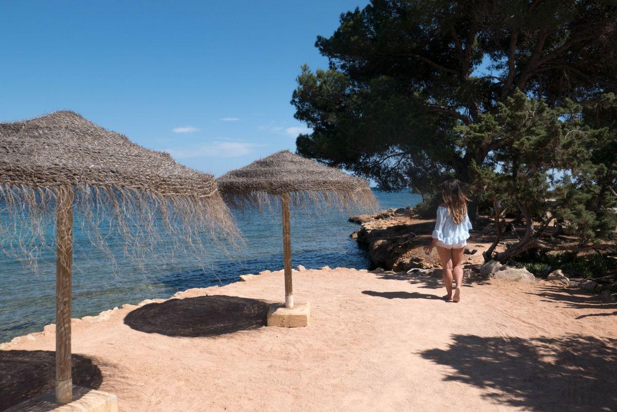 Nadia El Ferdaoussi thedailyself.me Babylon Beach Essential Ibiza