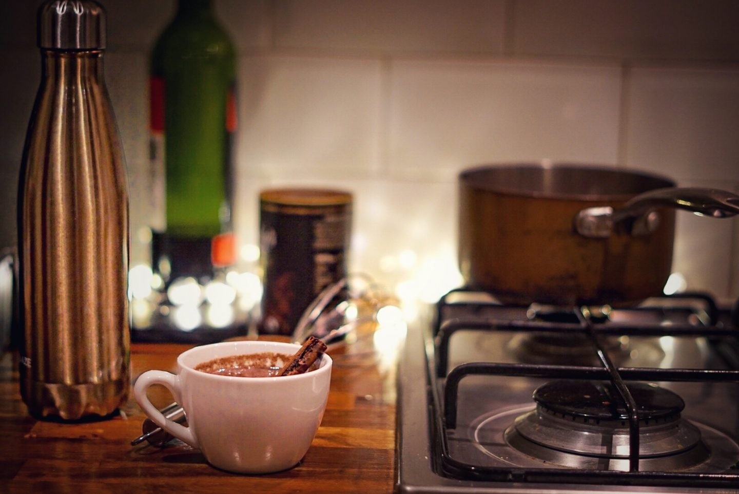 Red wine hot chocolate with cinnamon and double insulated bottle