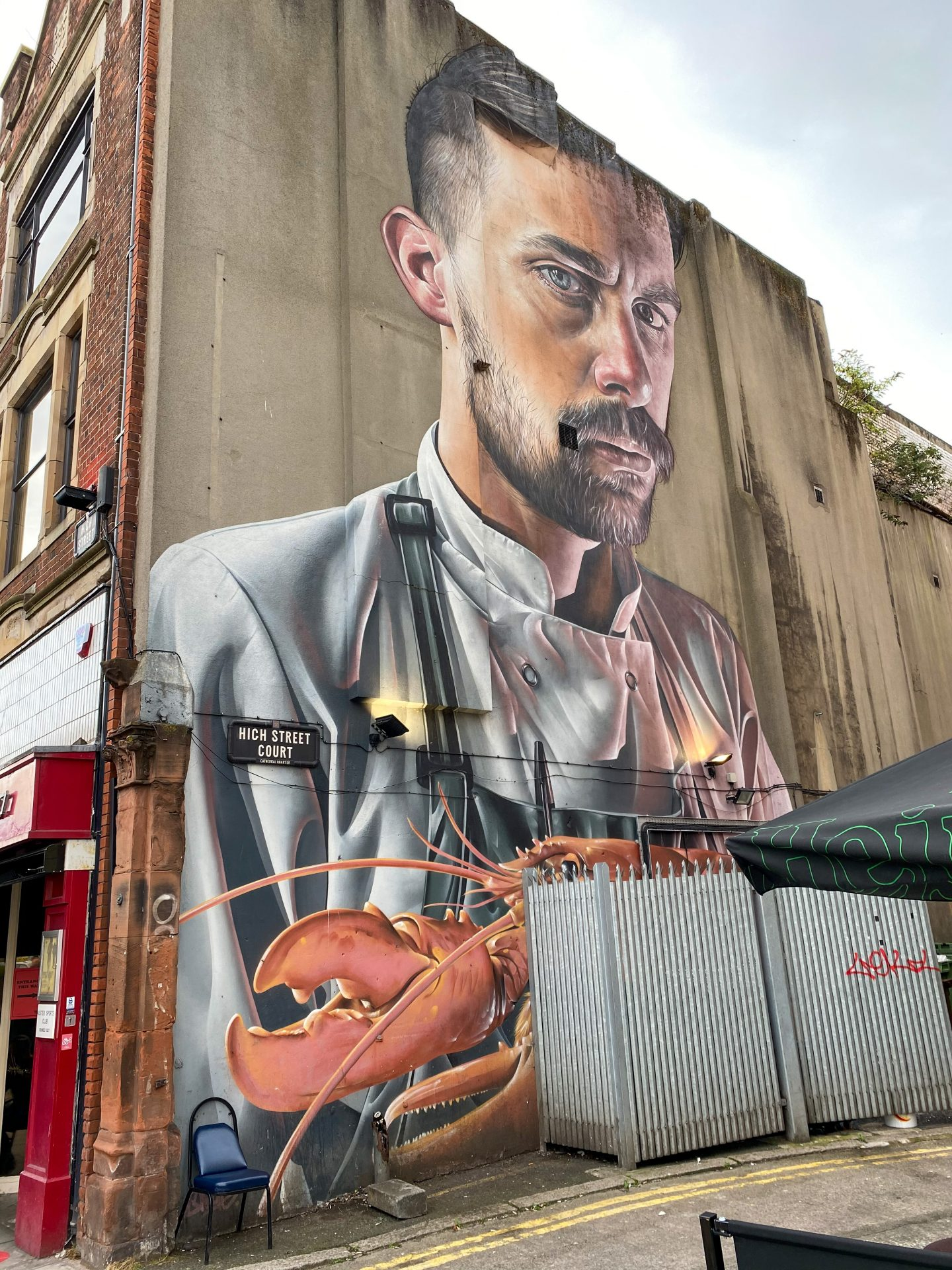 Belfast mural lobster and chef