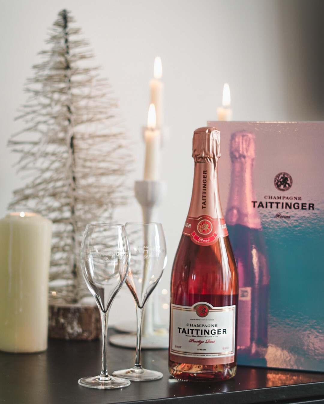 O'Briens Wine Taittinger Champagne Christmas gift set