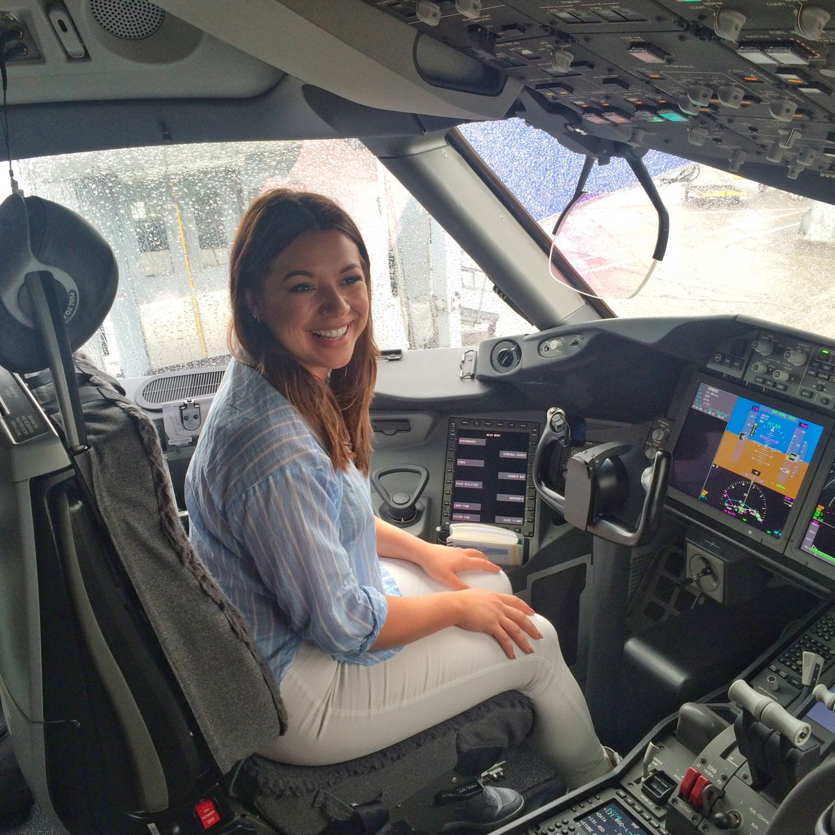 Thomson Dreamliner 787 Dublin Nadia El Ferdaoussi Travel Blogger