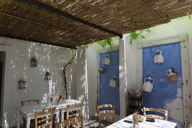 Nadia El Ferdaoussi, the daily s'elf, Brindisi, Puglia. Travel in Italy Il Cortiletto lunch trattoria