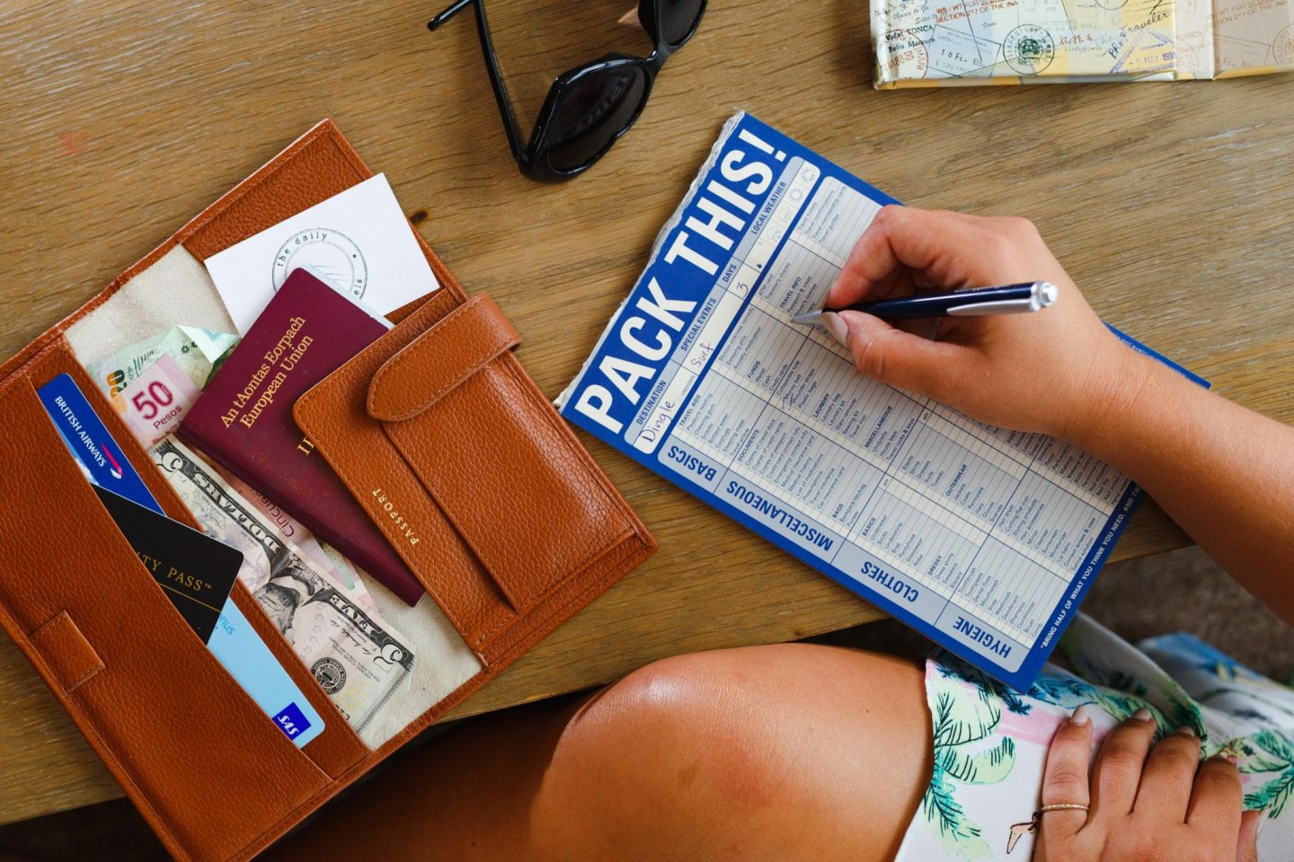 Nadia El Ferdaoussi TK Maxx travel packing tips Ultimate packing checklist - Everything you need to travel in one shop