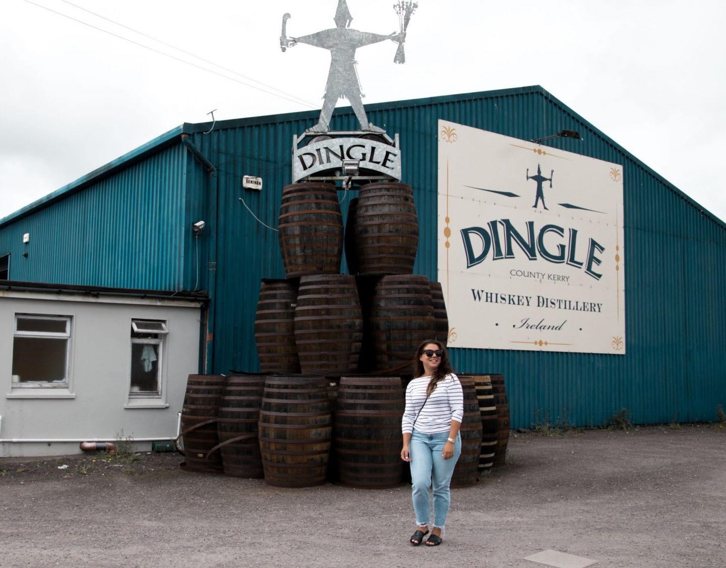 A Weekend in Dingle, Co. Kerry, Ireland. Wild Atlantic Way. Nadia El Ferdaoussi travel writer the daily s'elf Dingle gin vodka whiskey distillery