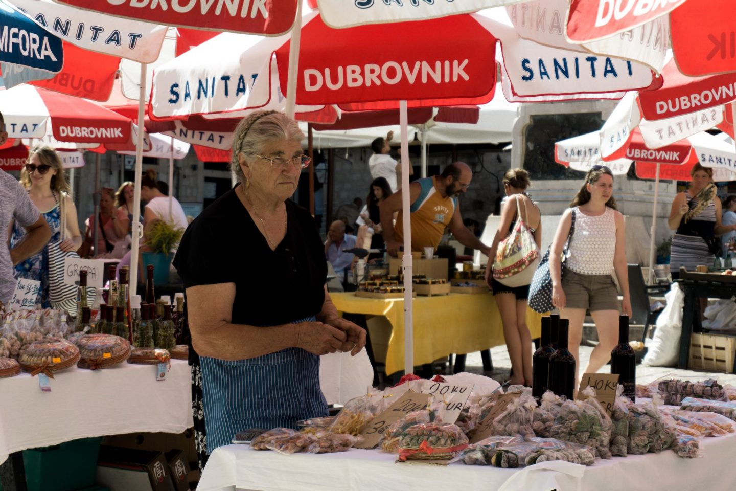 Travel Croatia Dubrovnik City Guide Nadia El Ferdaoussi the daily s'elf Dubrovnik Old Town farmer's market locals