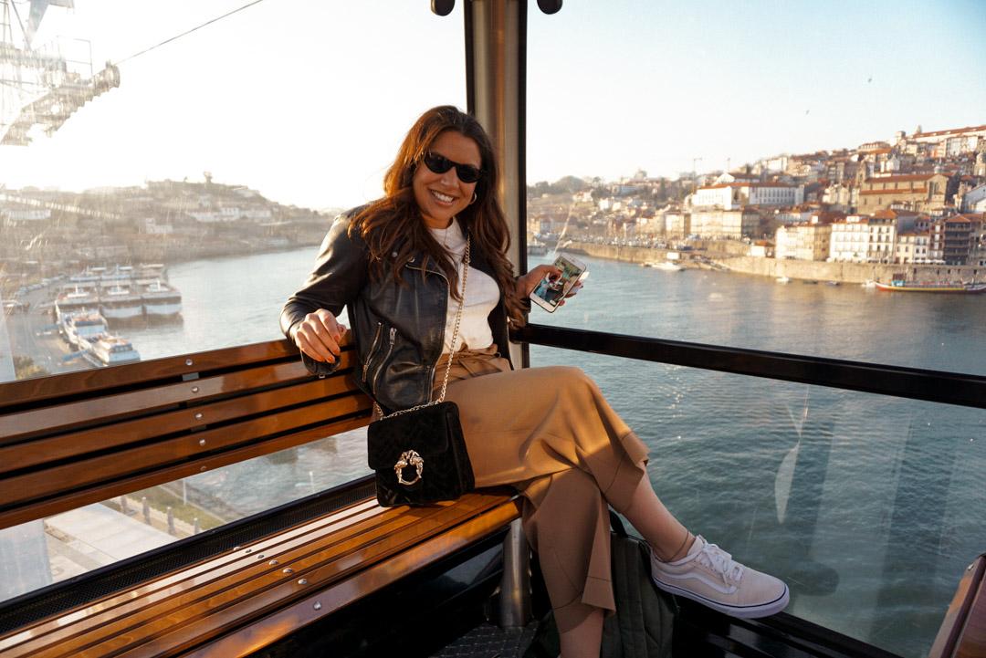 Porto City Guide. Cable car Douro River