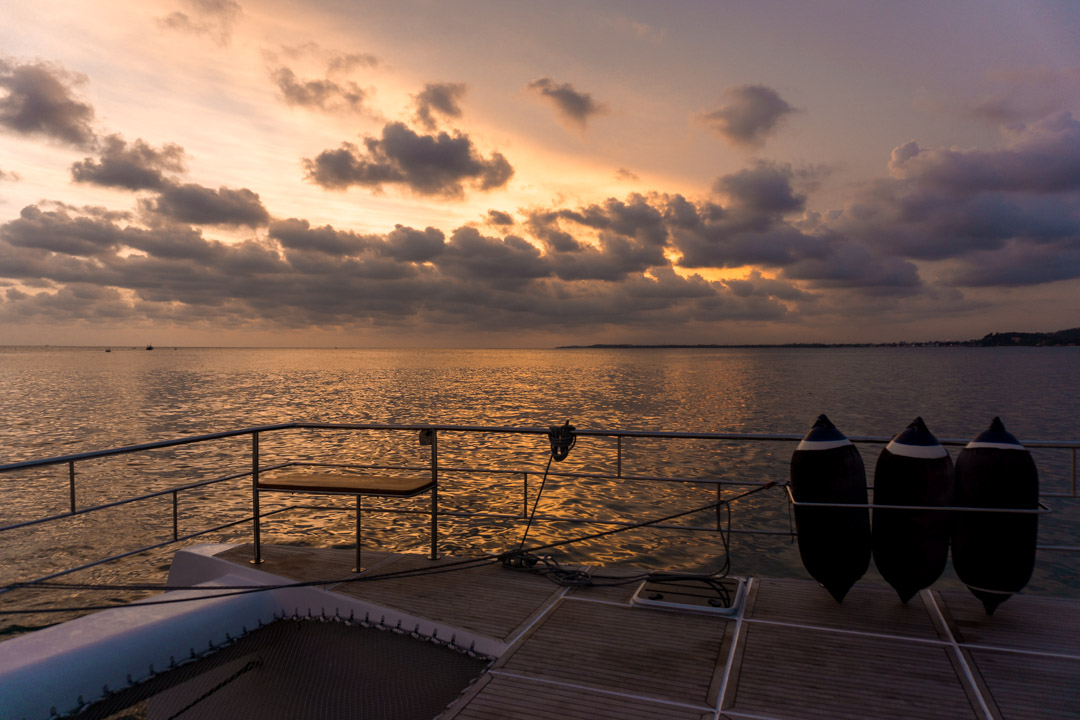 Sri Lankan sunset from G Adventures 53ft catamaran on Sri Lanka South Coast sailing trip