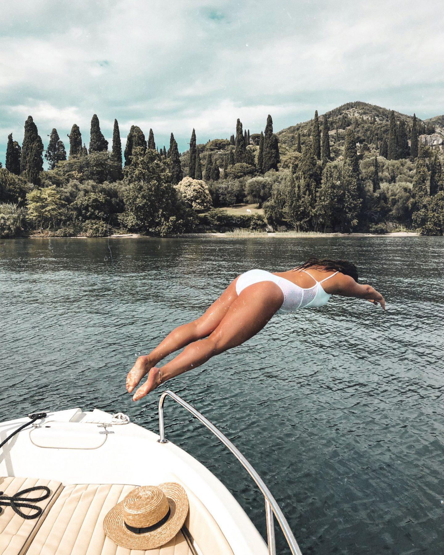 Lake Garda guide, diving off boat rental