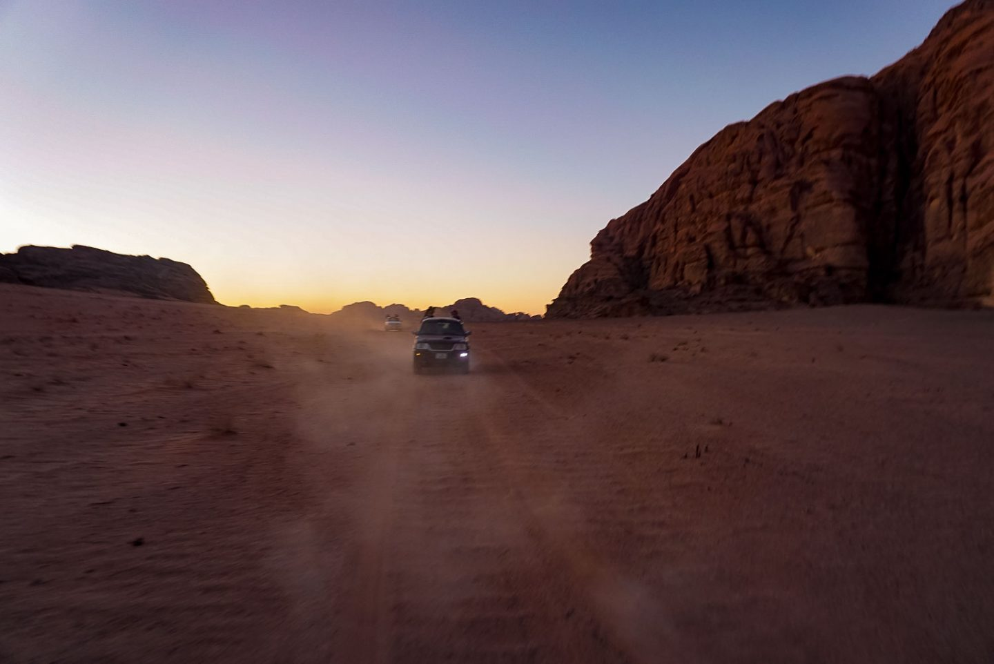 wadi rum jordan night at desert camp 4x4