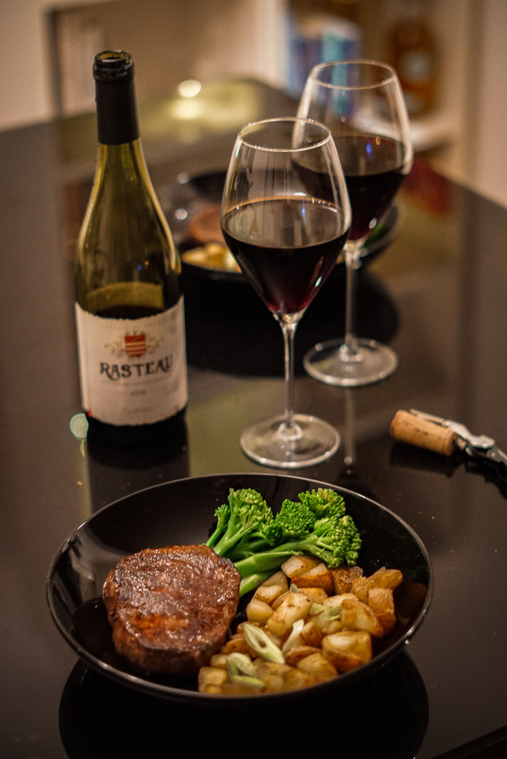 Centra wine pairing red and steak